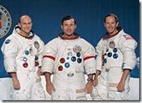 200px-Apollo_16_crew