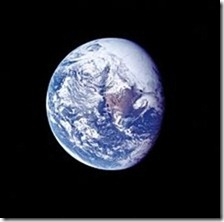 220px-Ap_16_view_of_Earth_during_TLC