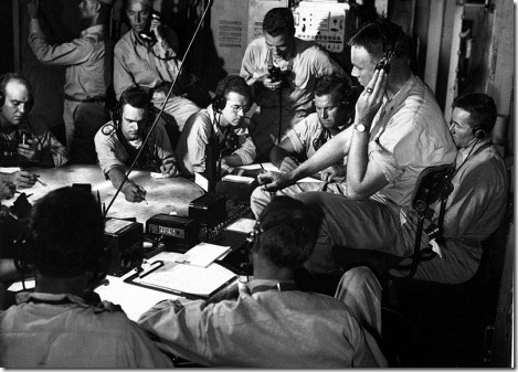 800px-USS_Lexington_(CV-16)_chart_room_1943-12