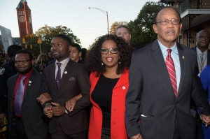 oprah-winfrey-and-selma-castmates-march-through-city-to-celebrate-mlk-day