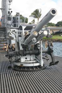 5_inch_25_caliber_gun_USS_Bowfin